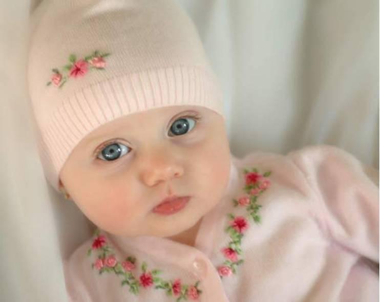 Cute Baby Girl wallpaper 742x590