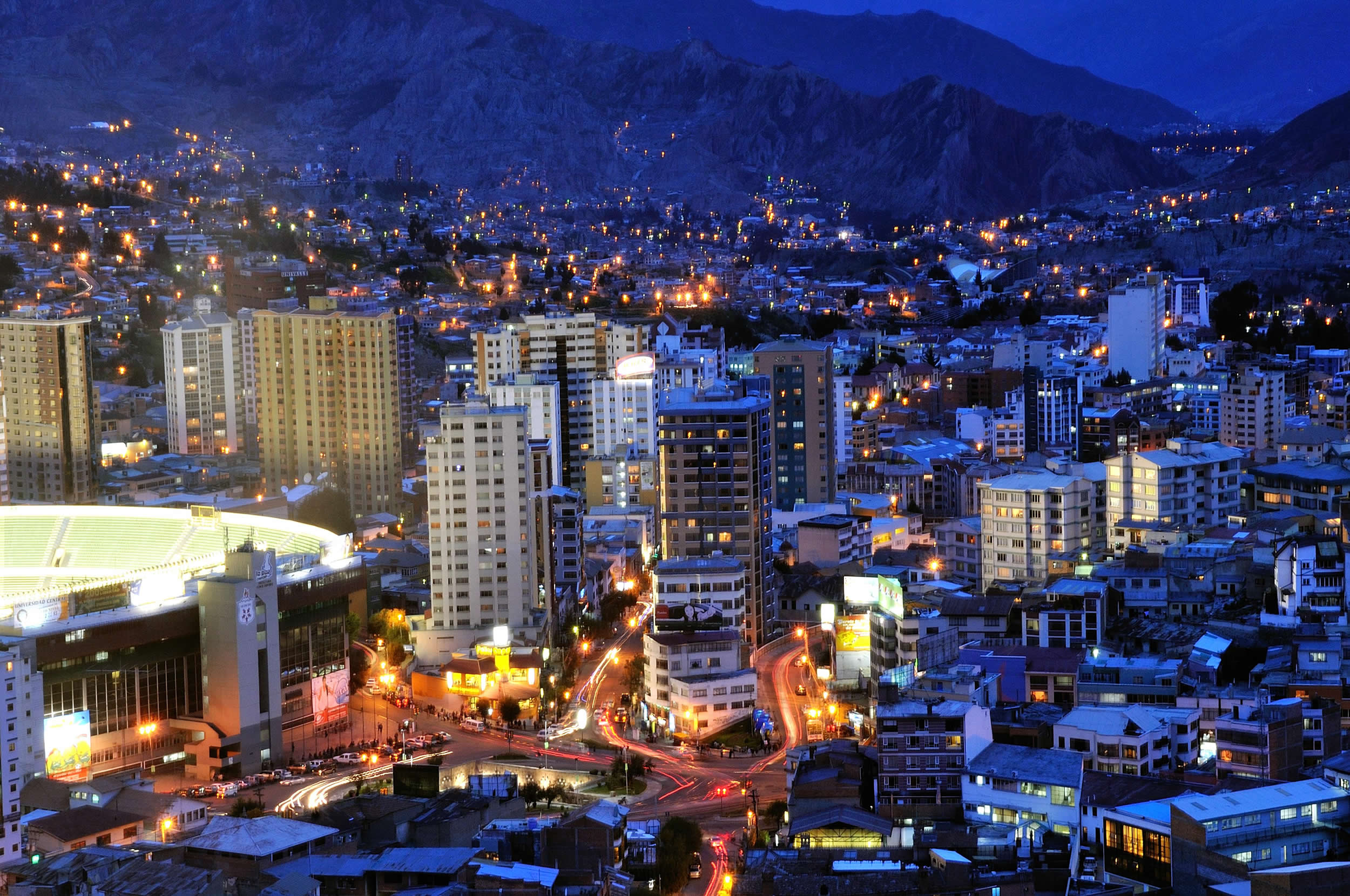 bolivia night HD Windows Wallpapers 2500x1660