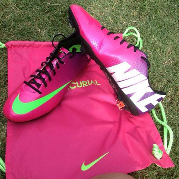 pink   Nike Picture 612x612