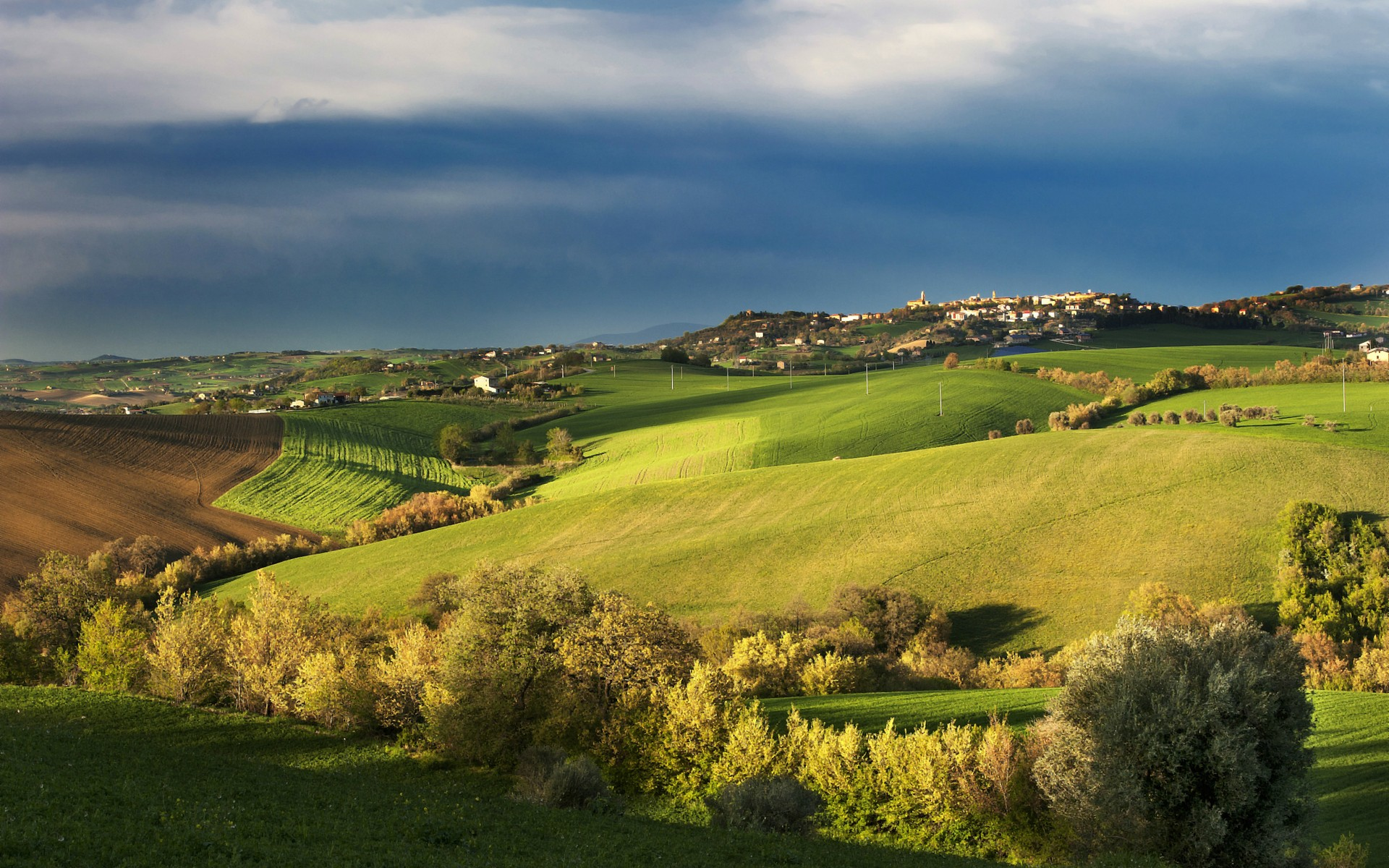 Tuscany Spring Landscape wallpapers Tuscany Spring Landscape stock 1920x1200