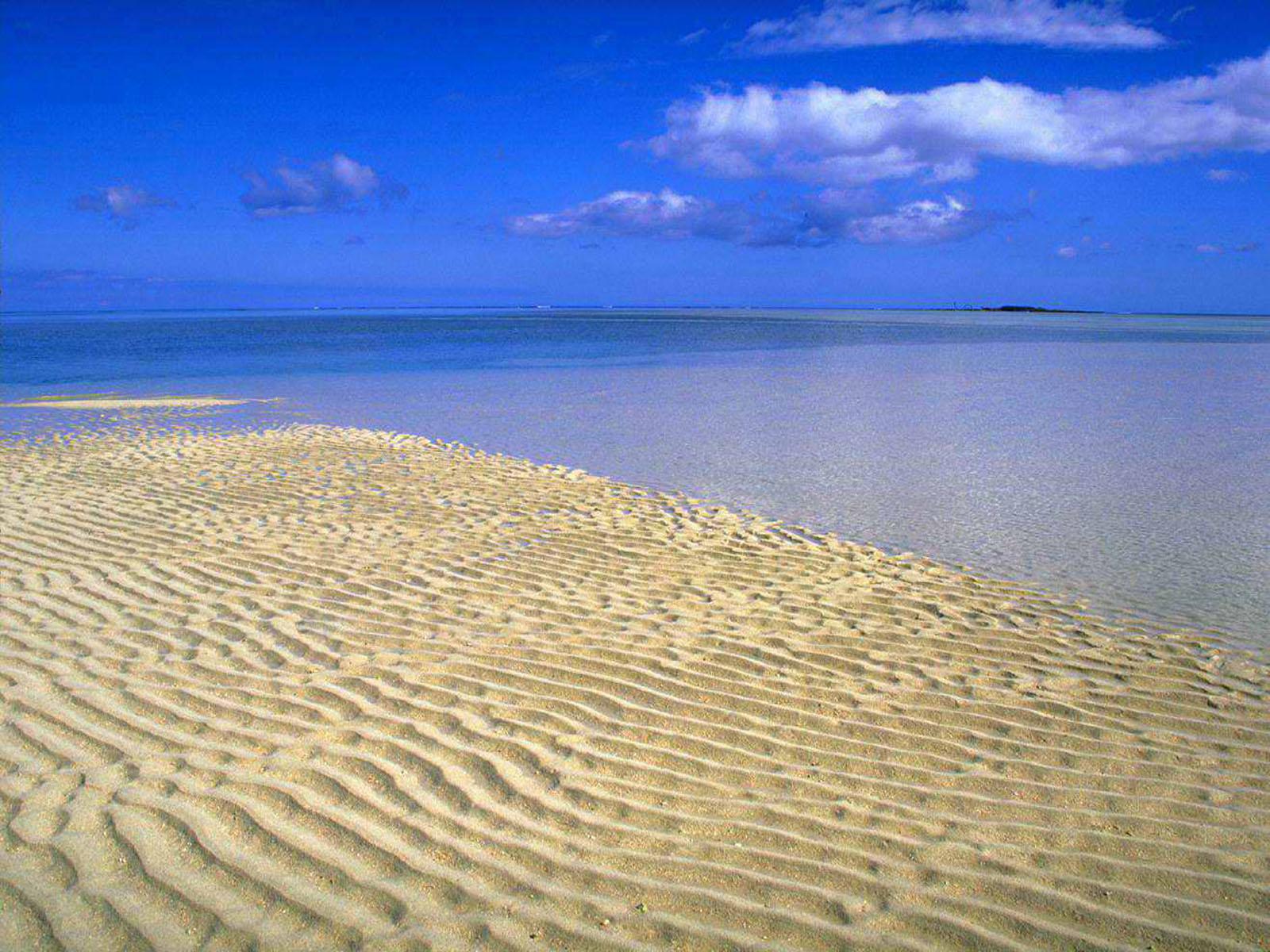 Desktop Wallpaper Tropical Beach Tropical Beach Wallpaper 023 1600x1200
