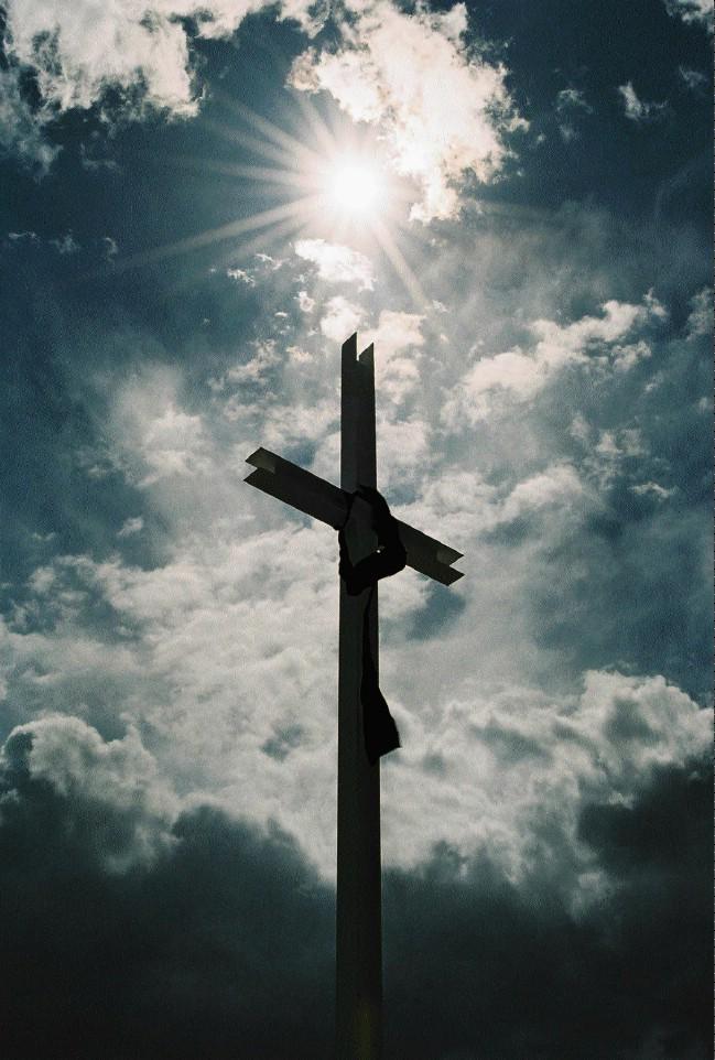 jesus christ on cross wallpaper jesus on the cross jesus on 649x962