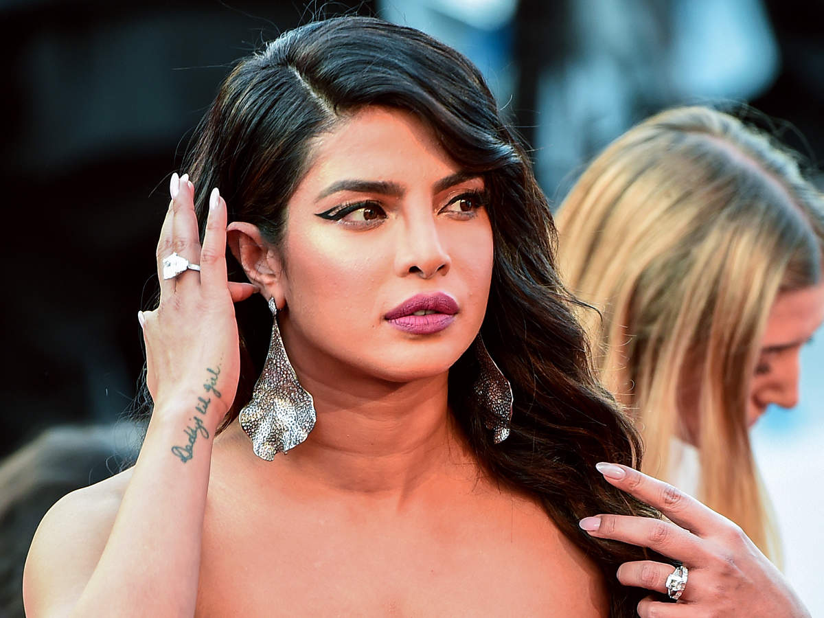 Priyanka Chopra says shes patriotic but not fond of war after 1200x900