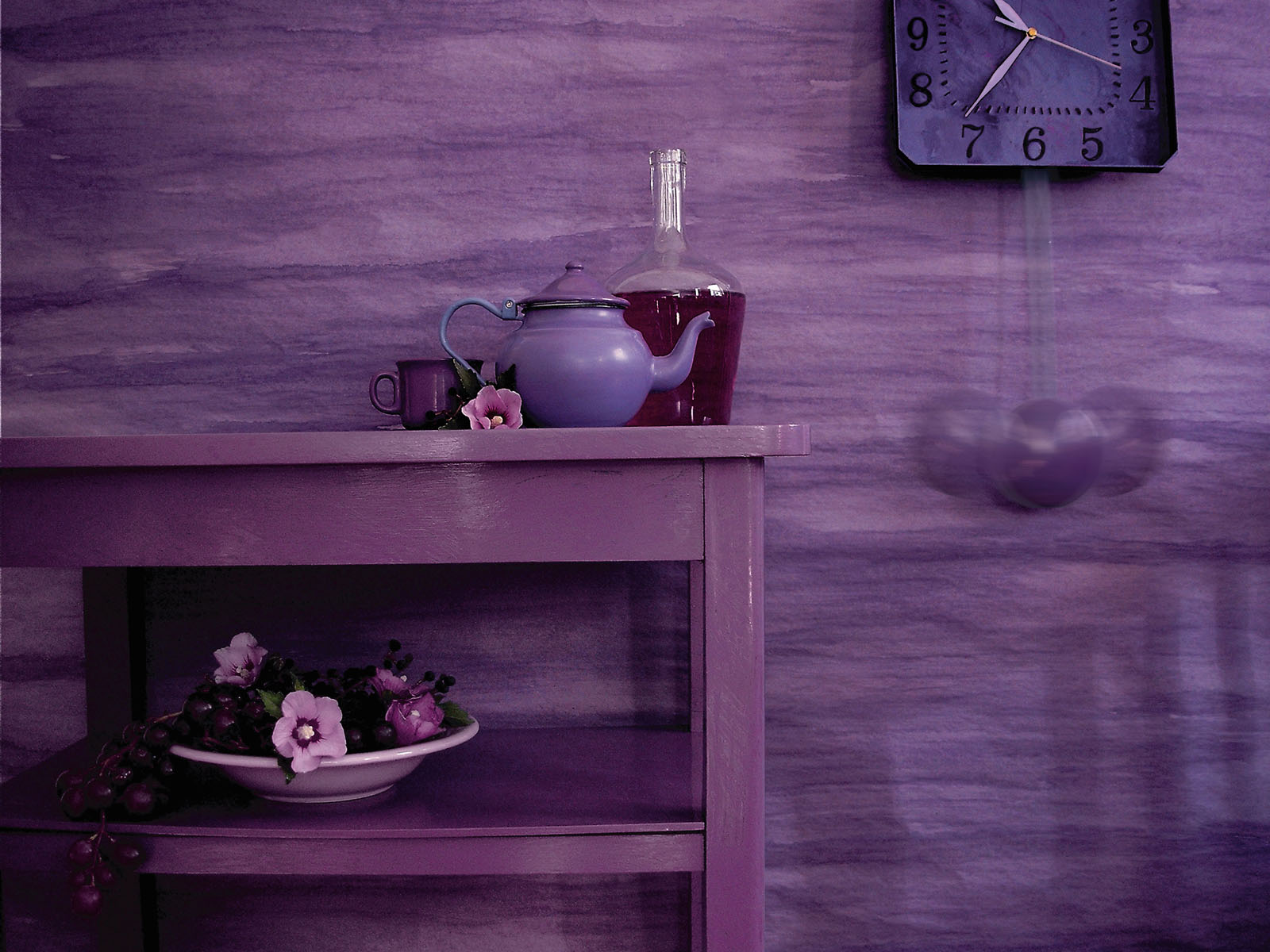 Purple wall wallpapers Purple wall stock photos 1600x1200