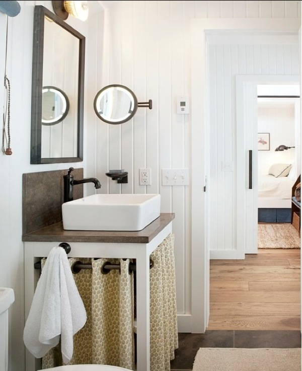 Farmhouse Bathroom   Country   bathroom   Lauren Leonard Interiors 600x737