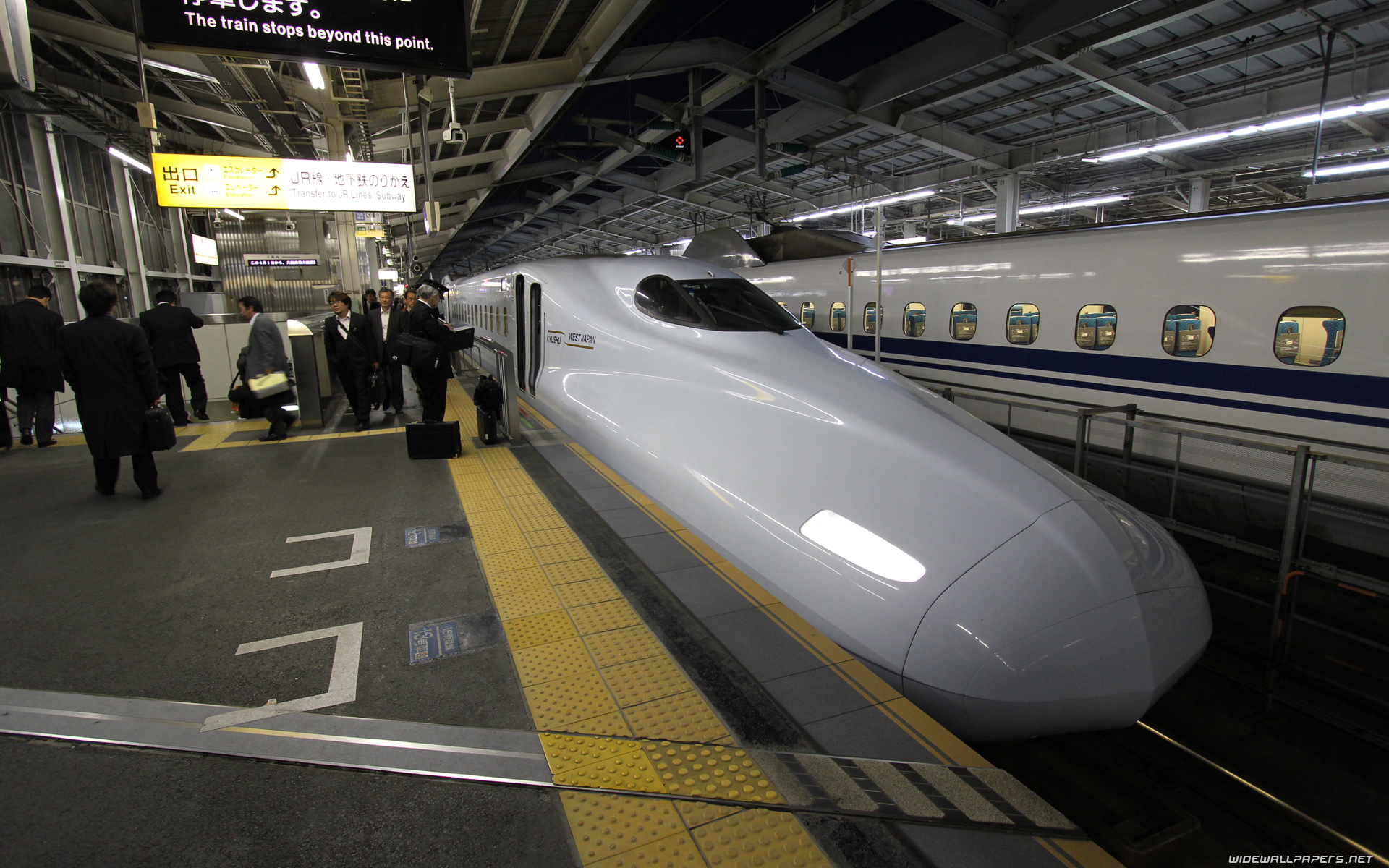 Japan High speed trains desktop wallpapers HD and wide 1920x1200