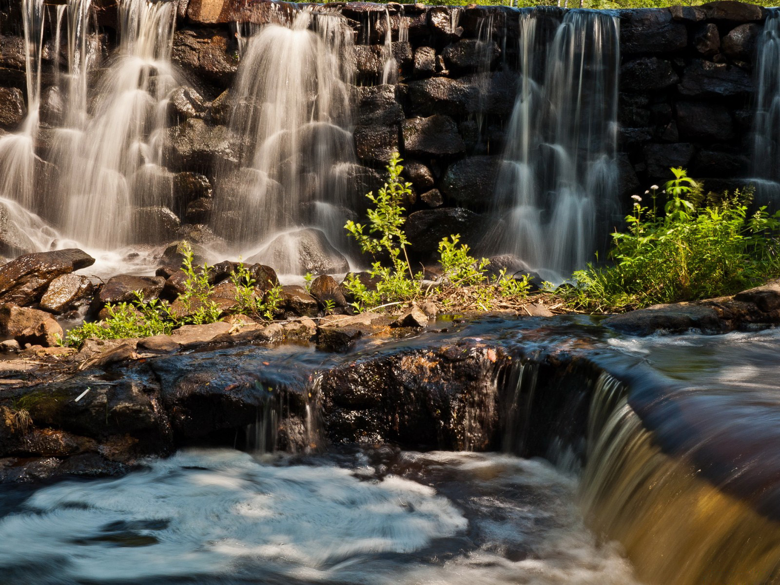 Falls in Sweden Desktop wallpapers 1600x1200 1600x1200