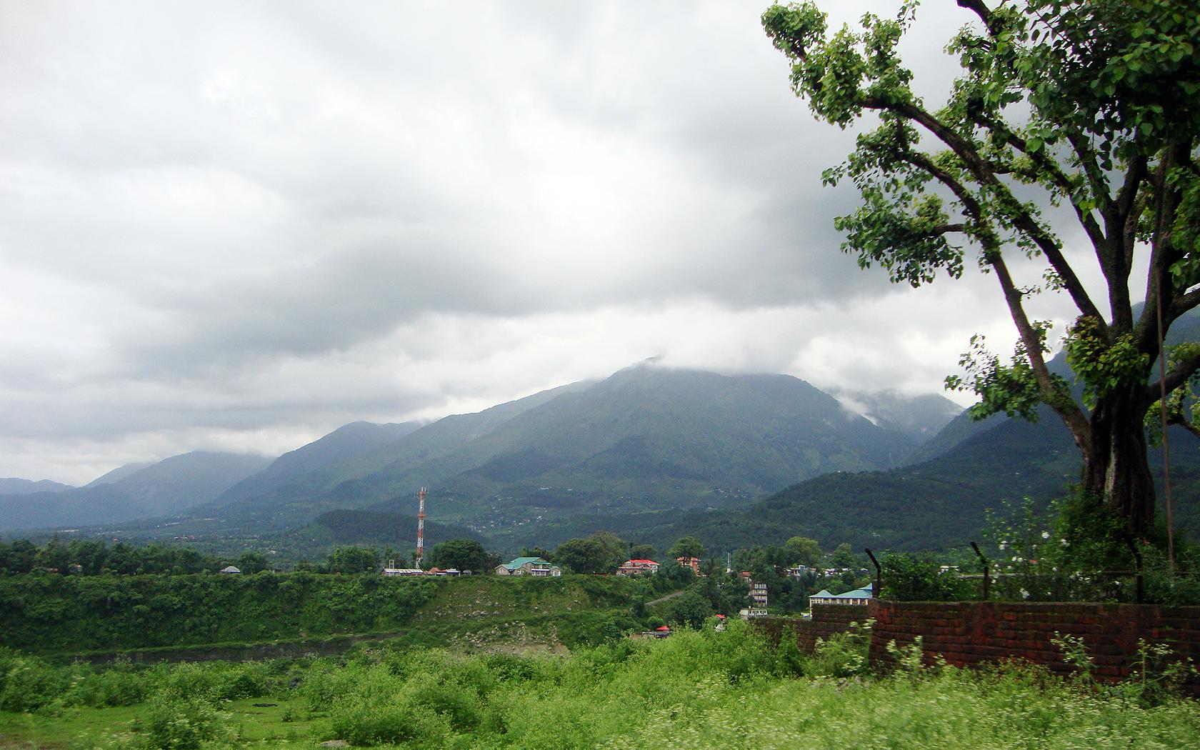 Himachal Pradesh wallpapers Himachal Pradesh stock photos 1680x1050