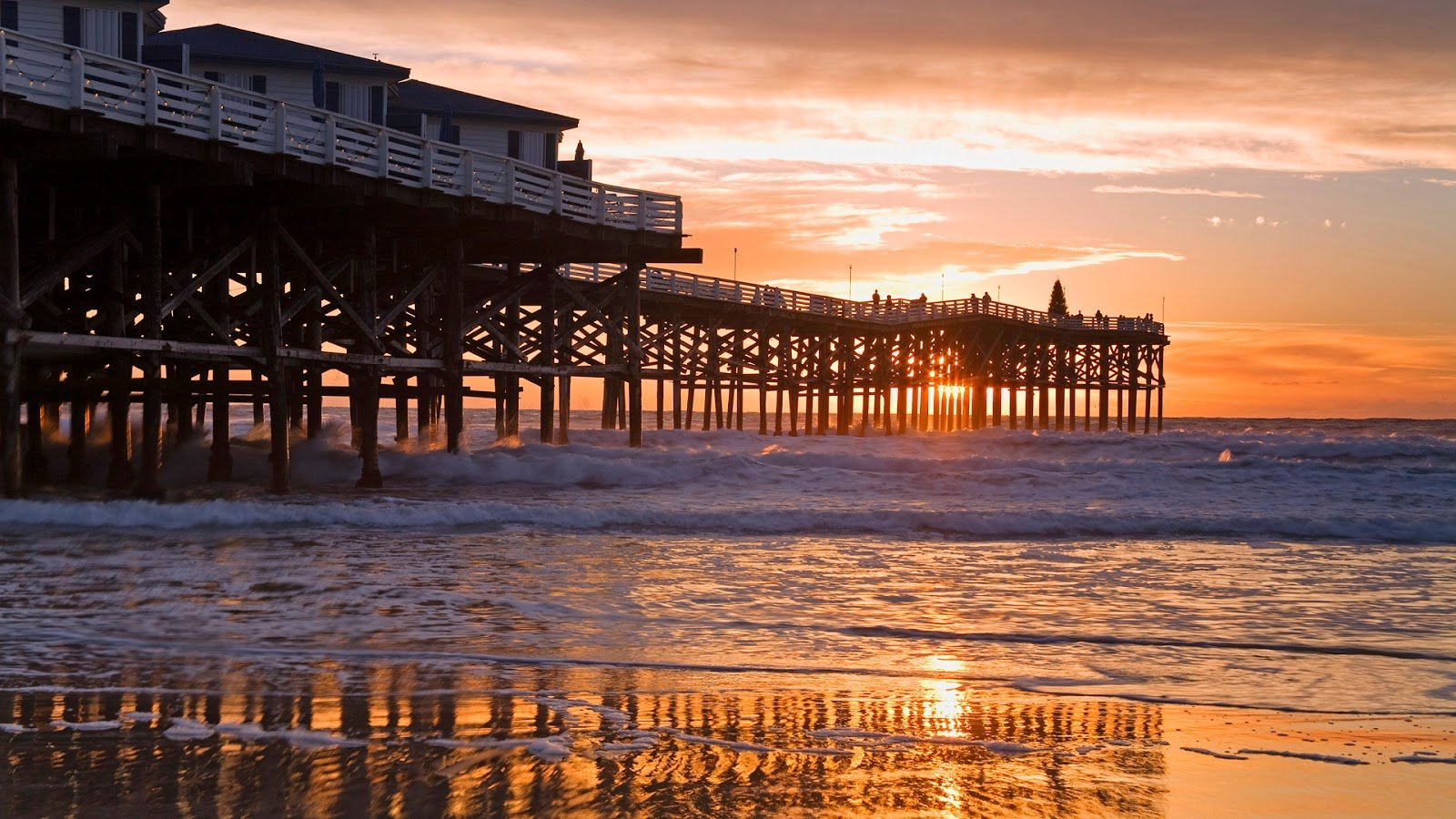 Beautiful beach from afternoon at San Diego This wallpaper san diego 1600x900