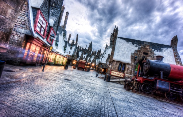 Universal studios florida wizarding world of harry potter town 596x380