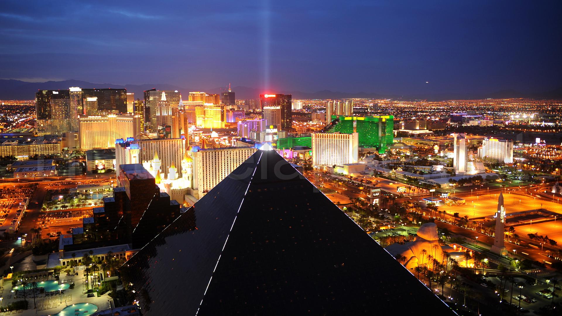 Best 40 Las Vegas Strip Wallpaper on HipWallpaper Easiest Way 1920x1080