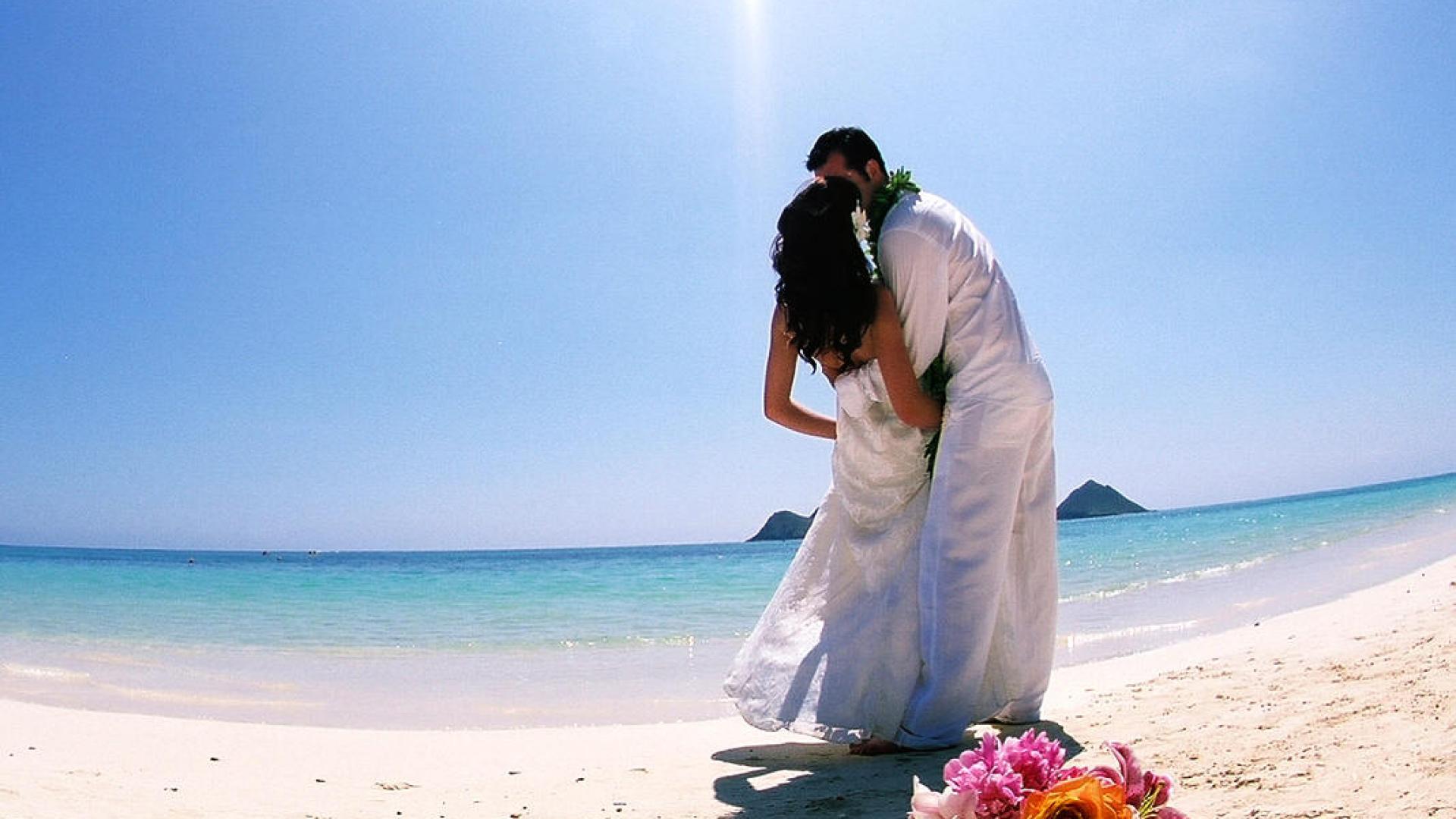 Hawaii Beach Wedding Photos HD Wallpaper of Wedding   hdwallpaper2013 1920x1080