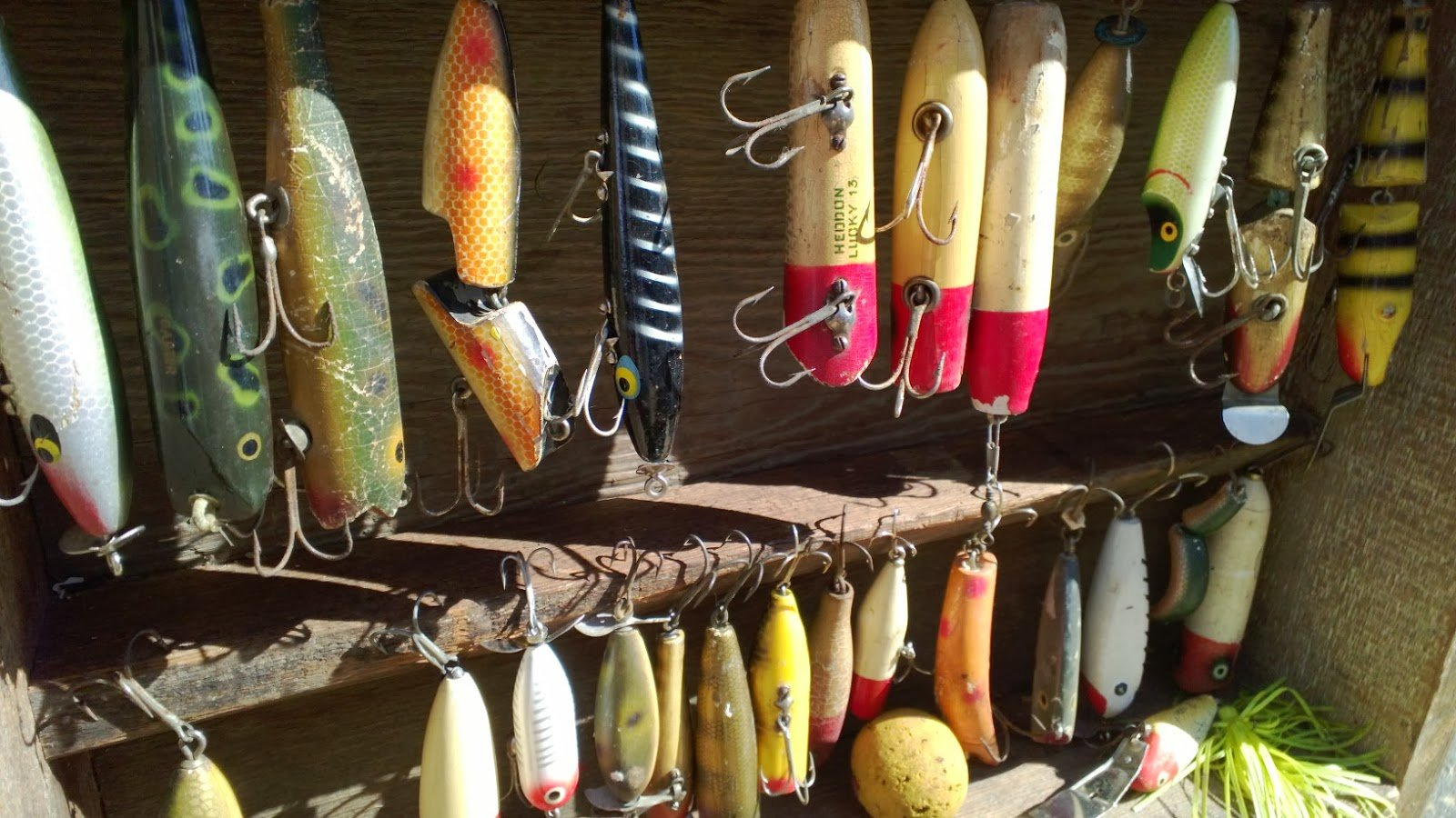 fishing lure wallpaper - photo #31