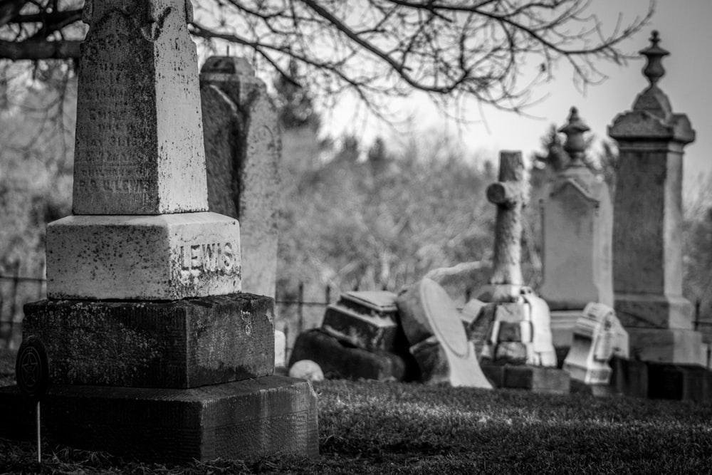 Graveyard Pictures Download Images on Unsplash 1000x667