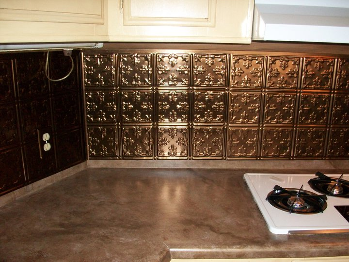 And Ive added pressed copper tiles for the back splash 720x540