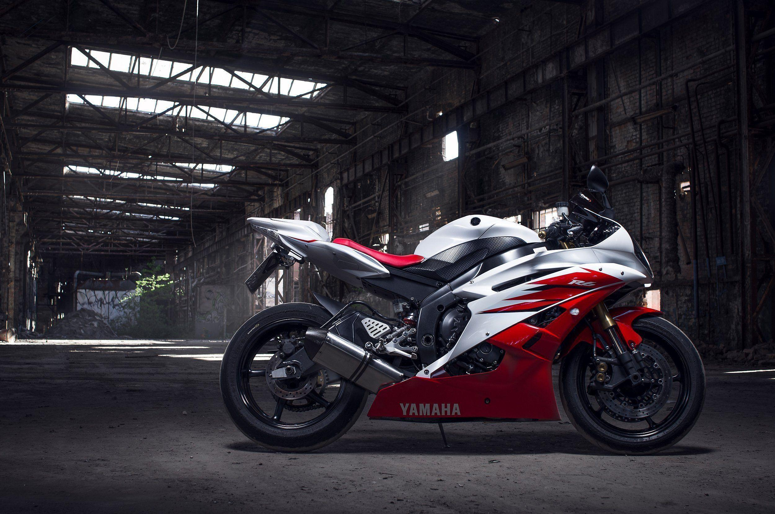Yamaha R6 Wallpapers 2500x1657