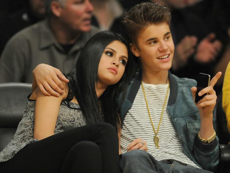 Free download Justin Bieber and Selena Gomez 2012