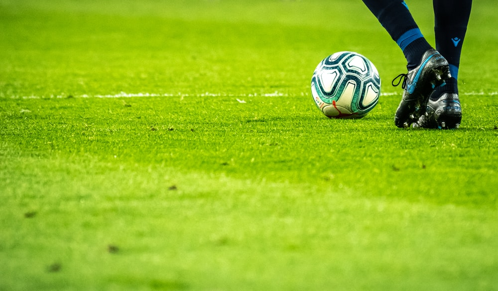 Soccer Wallpapers HD Download [500 HQ] Unsplash 1000x584