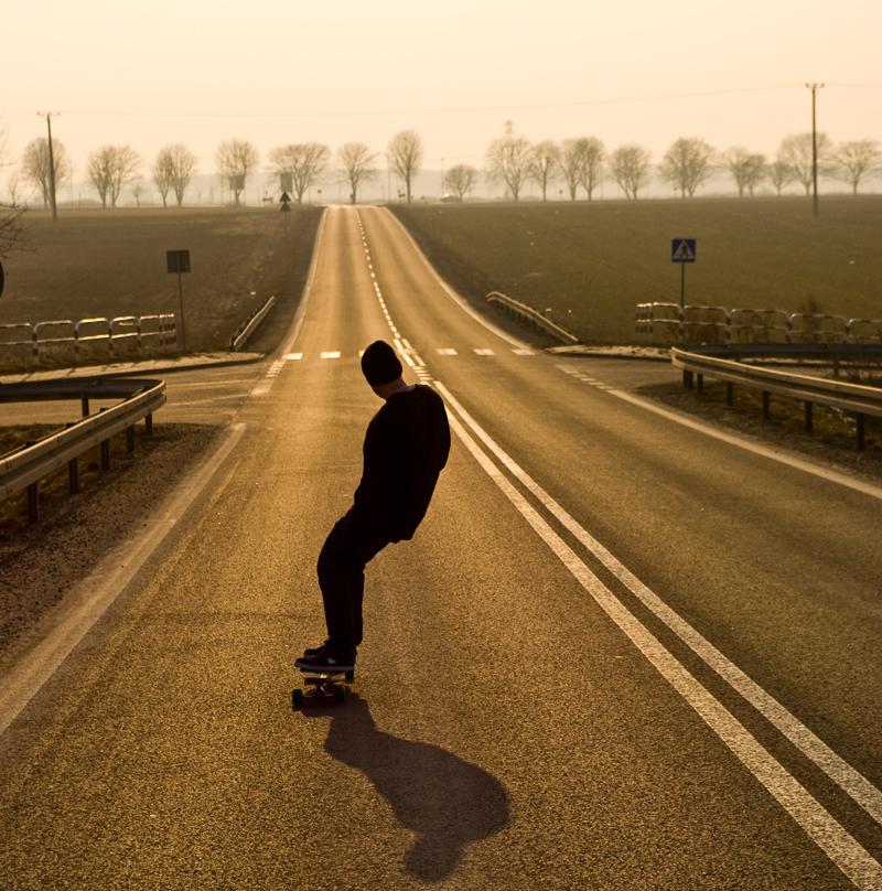 Downhill Wallpaper: Cool Longboard Wallpaper