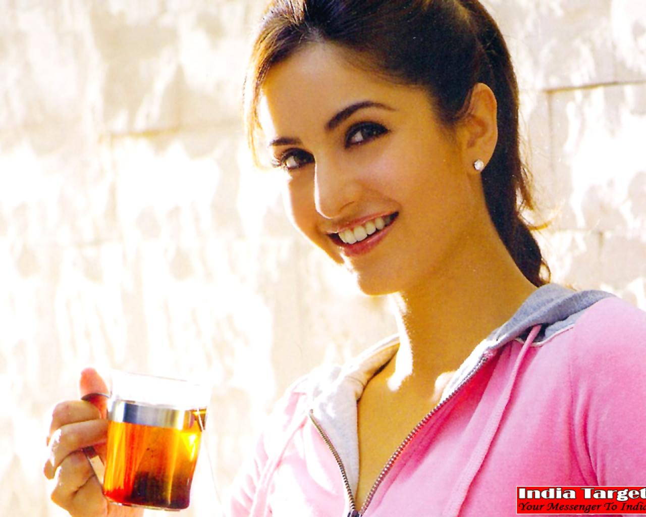 Top Hd Bollywood Wallapers katrina kaif Cute Wallpaper 1280x1024