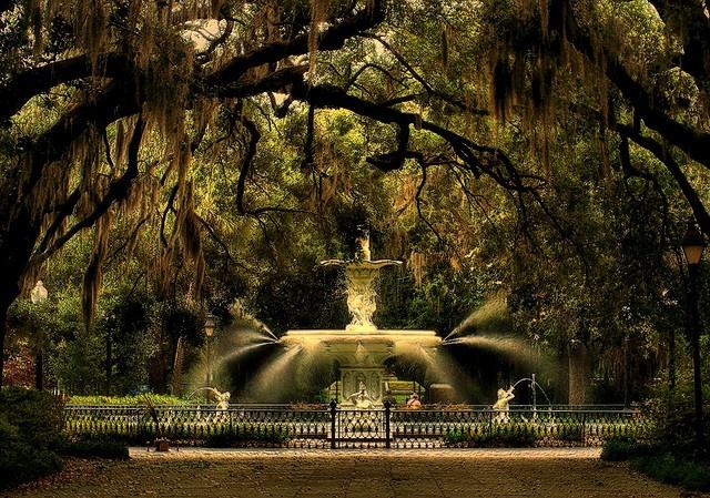 Savannah Georgia 640x449