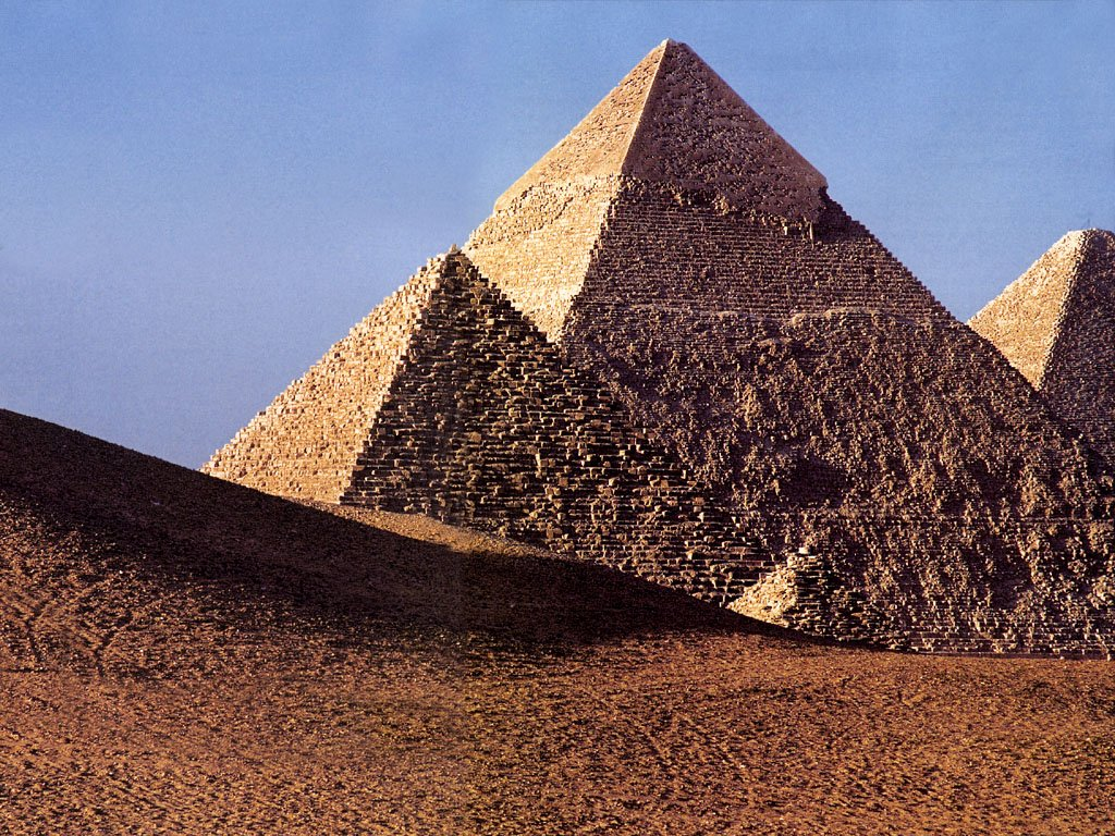 egyptian pyramids wallpaper of the egyptian pyramids one of the ...