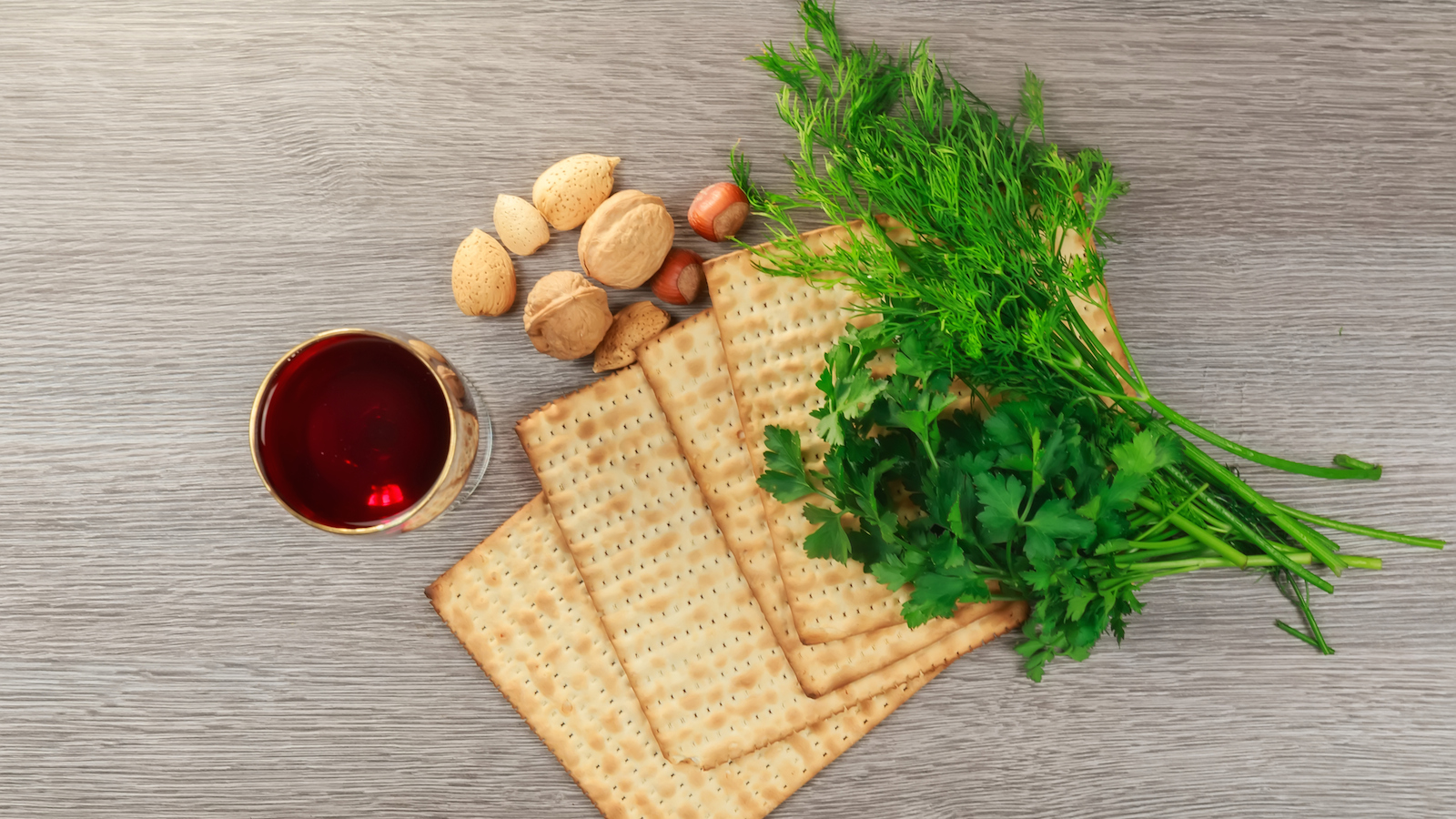How to Make Your Own Passover Haggadah My Jewish Learning 1600x900