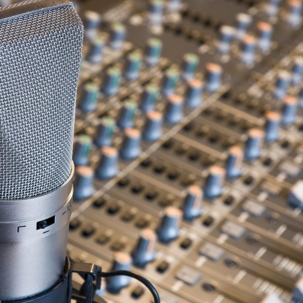 artistic recording studio hd wallpaper   Background Wallpapers for 1024x1024