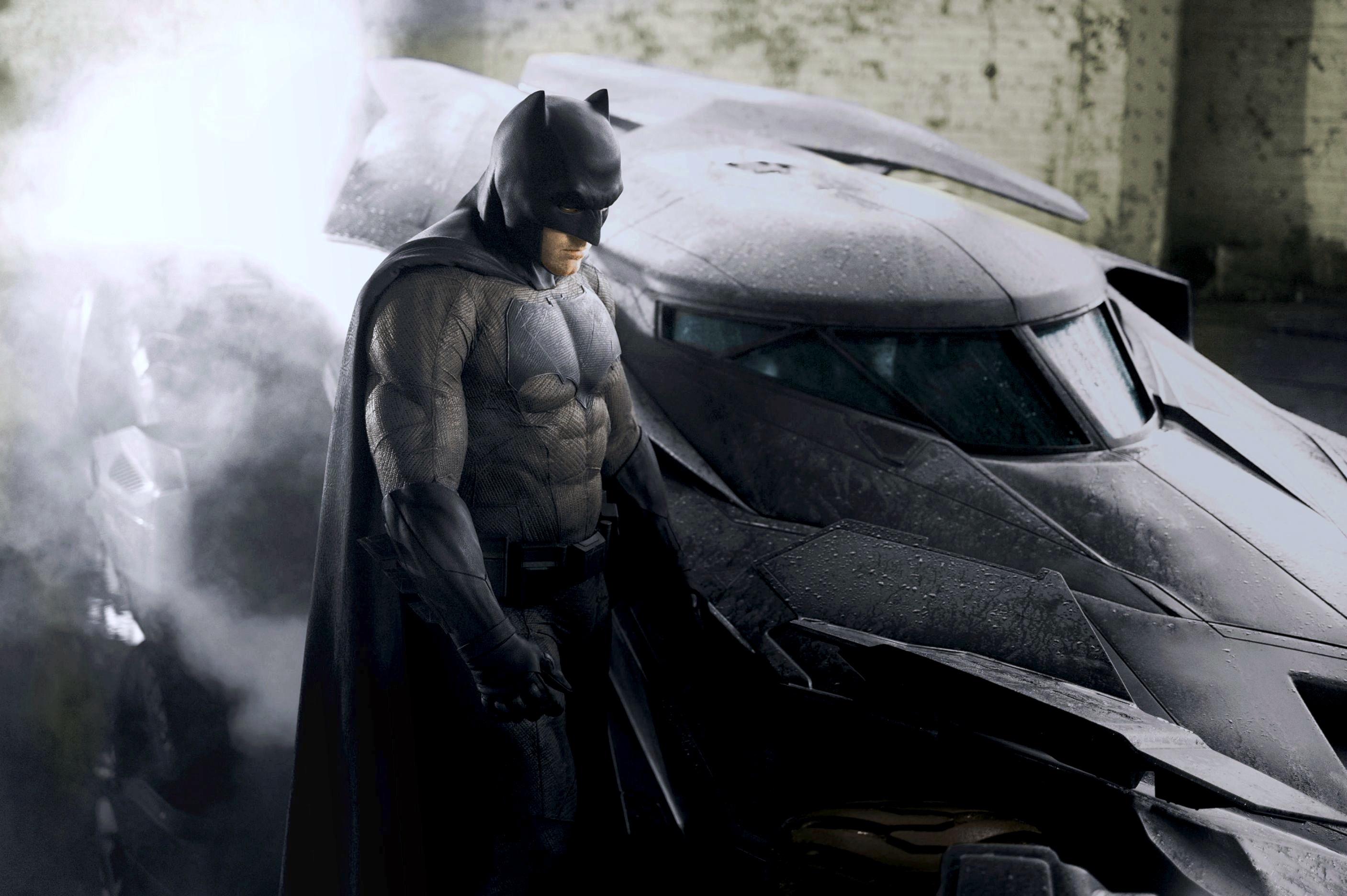 Batman V Superman Dawn Of Justice Wallpaper Stock Images 2xwp0e9b 2814x1872