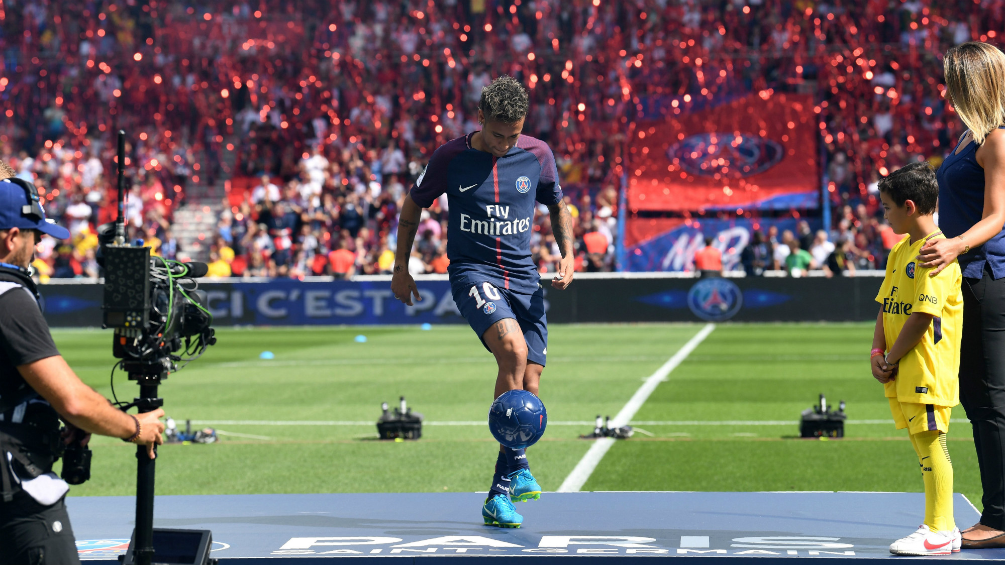 Ligue 1 Neymar proves to be PSGs man to watch   even in 2000x1125