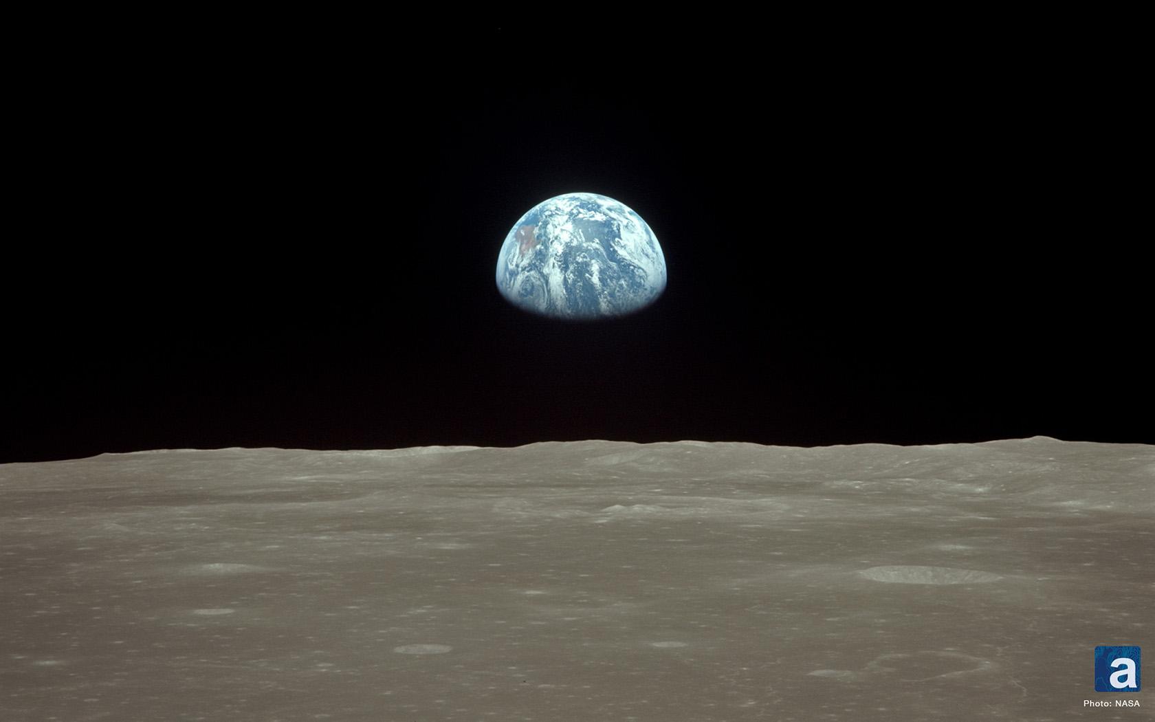 Earthrise from moon wallpaper wallpapersafari - Nasa screensaver ...