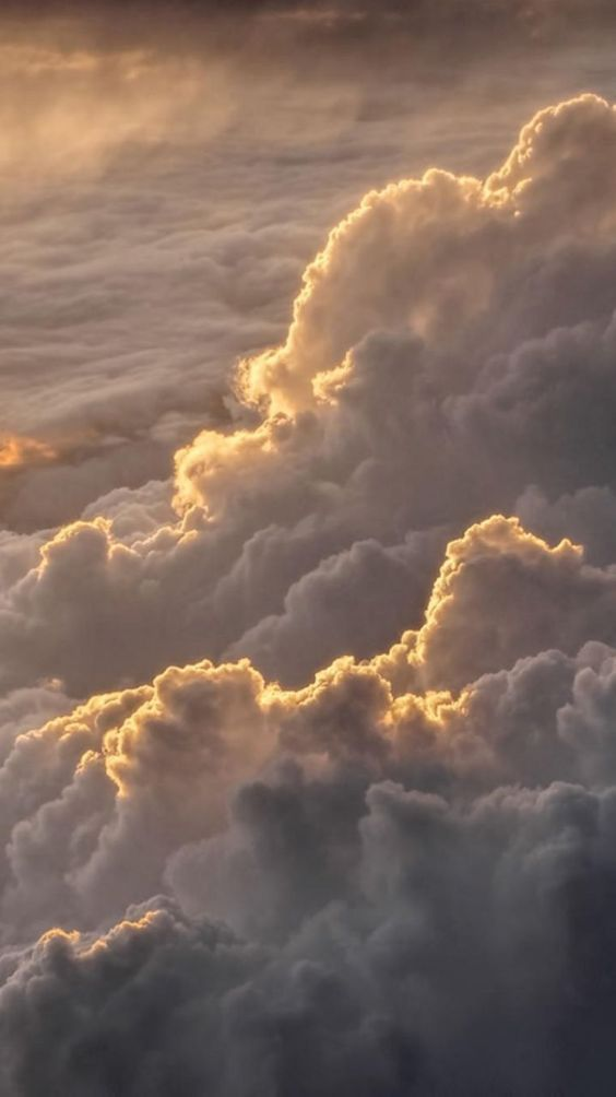 35 Beautiful Cloud Aesthetic Wallpaper Backgrounds For iPhone 564x1004