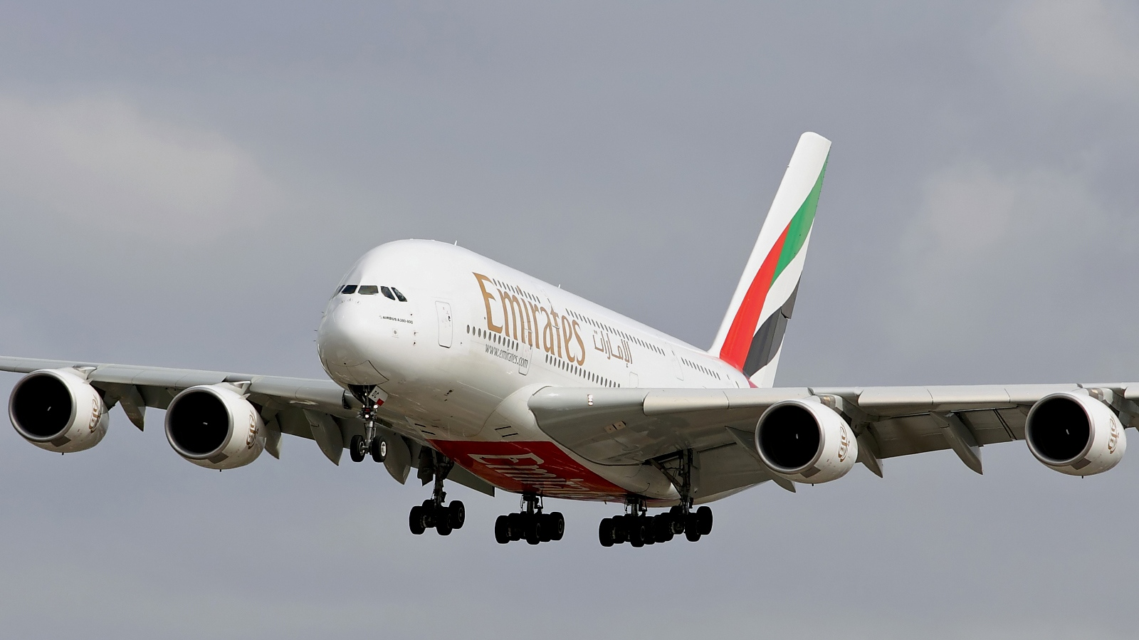 Emirates Airbus A380 AIRCRAFT WALLPAPER 1600x899