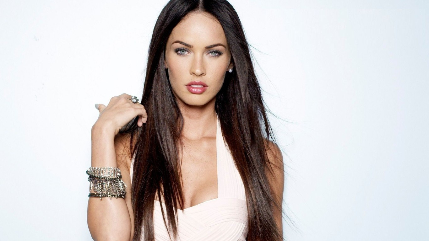 Megan Fox wallpaper 3888 1366x768