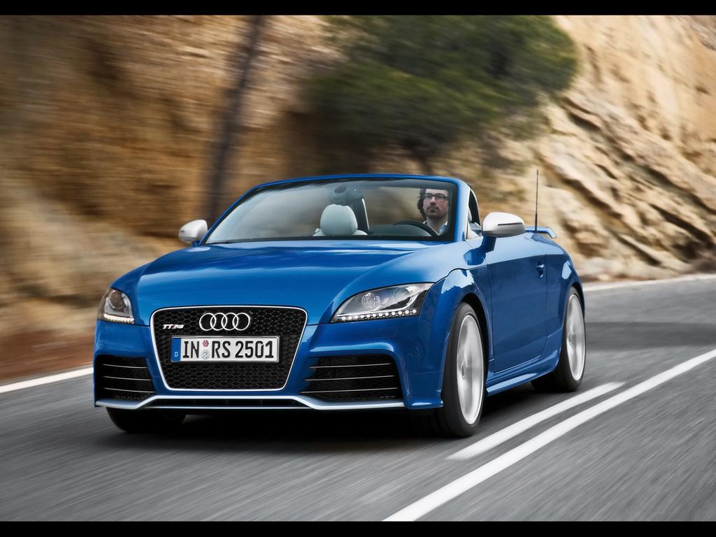 Audi tt rs HD Wallpaper Download 1024x768