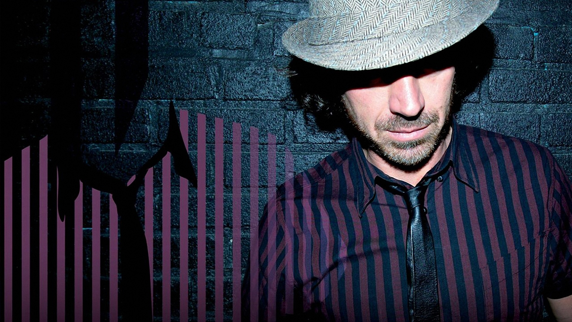 Download wallpaper 1920x1080 benny benassi wall hat light 1920x1080