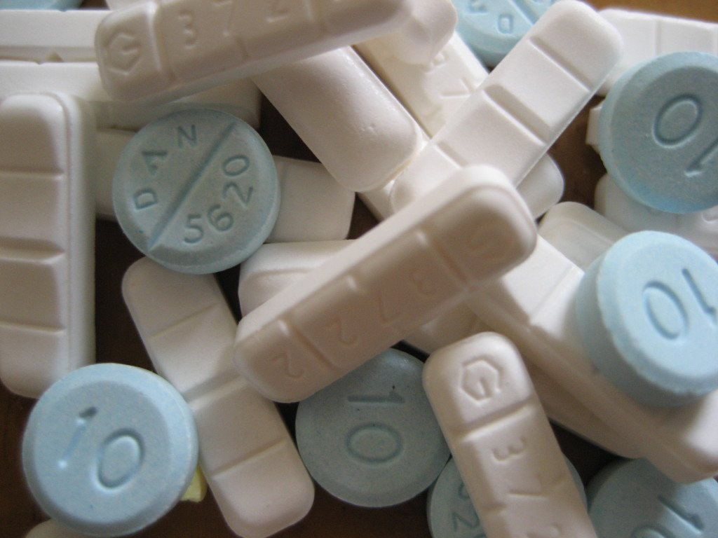 New study links Xanax and Valium to Alzheimers   Valley 1024x768