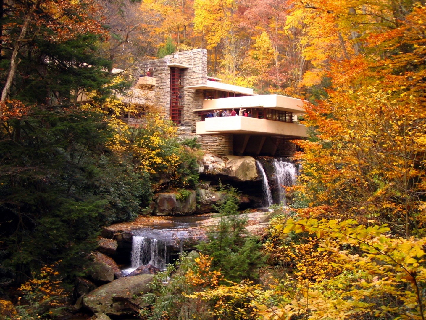 Falling Water Wallpaper Photo Background Wallpapers Images 1440x1080