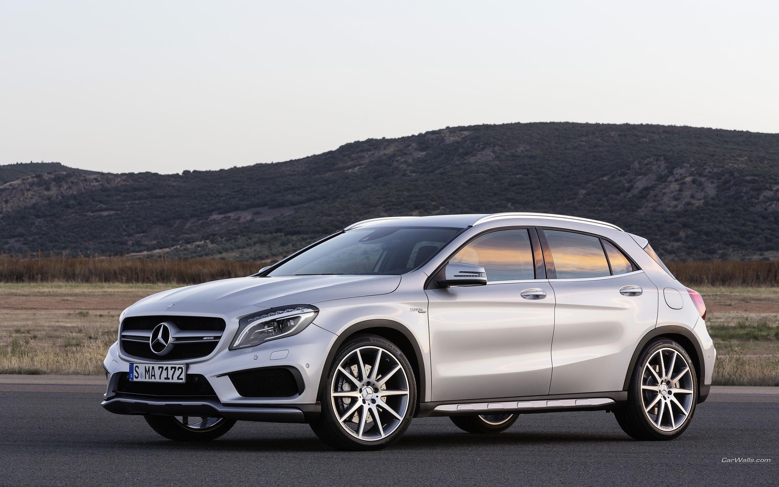 2015 Mercedes Benz GLA45 AMG Wallpaper WallpaperListsCOM 2560x1600