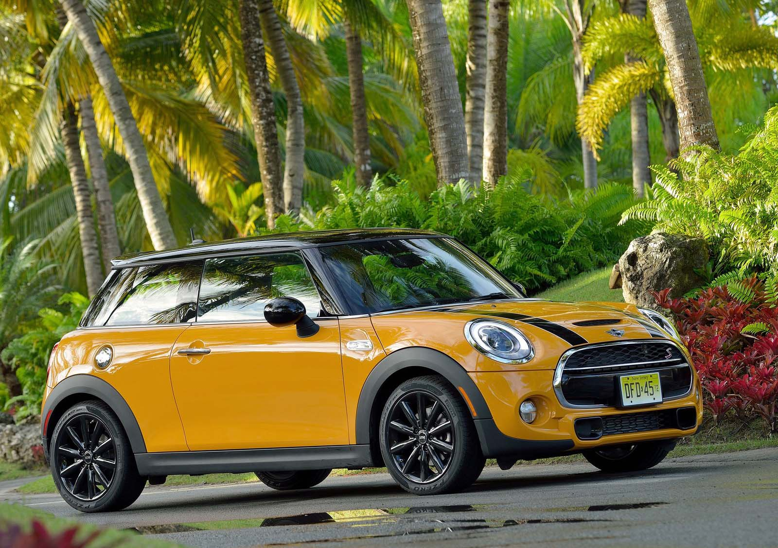Mini Cooper 2015 Wallpapers 1600x1128
