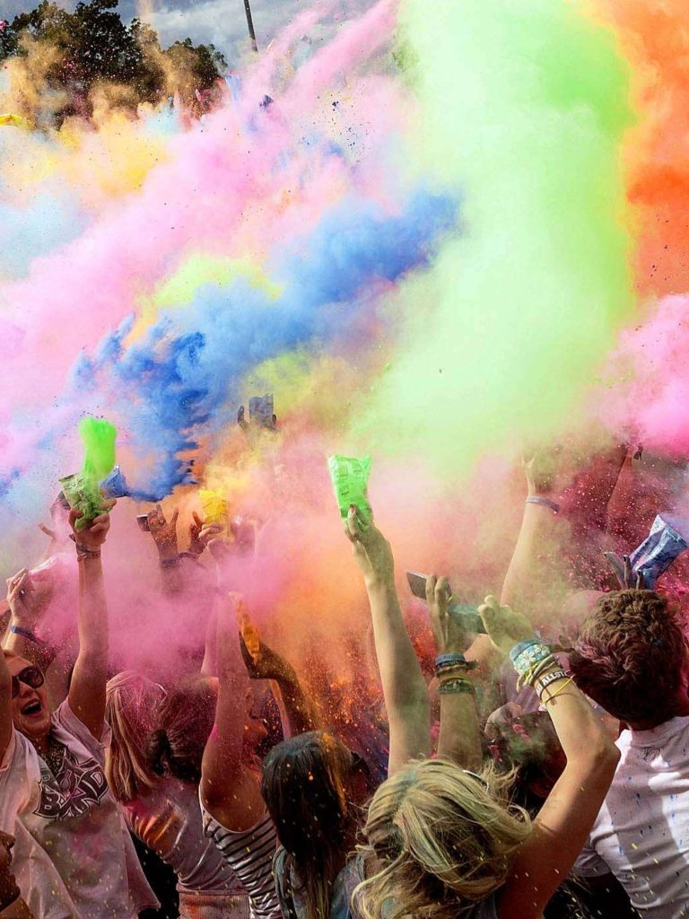 Wallpaper Colored Powder Holi Festival Dresden Germany 768x1024