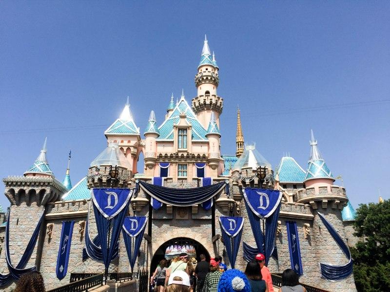 Disneyland 60   Castle Progress   Budget Fairy Tale 800x600