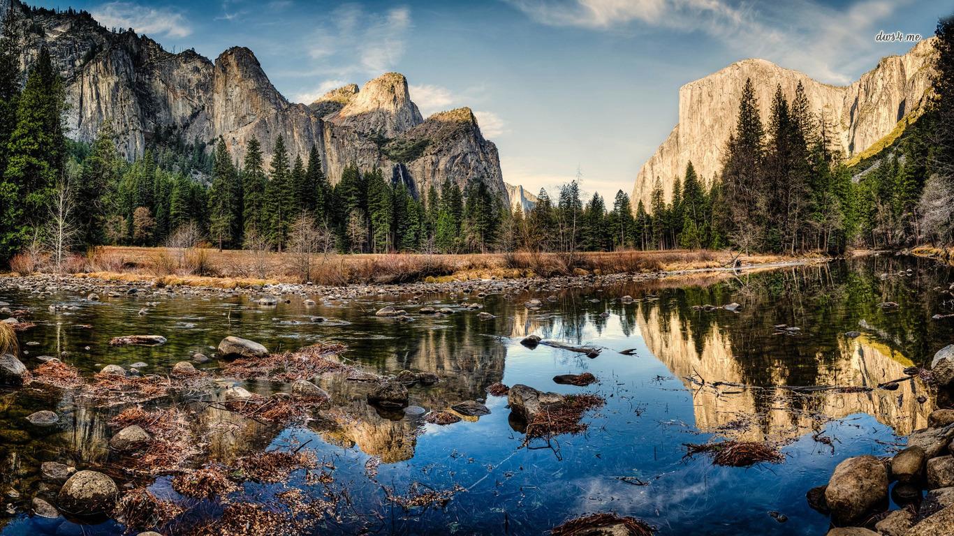 Yosemite National Park lake and mountains wallpaper   Nature 1366x768
