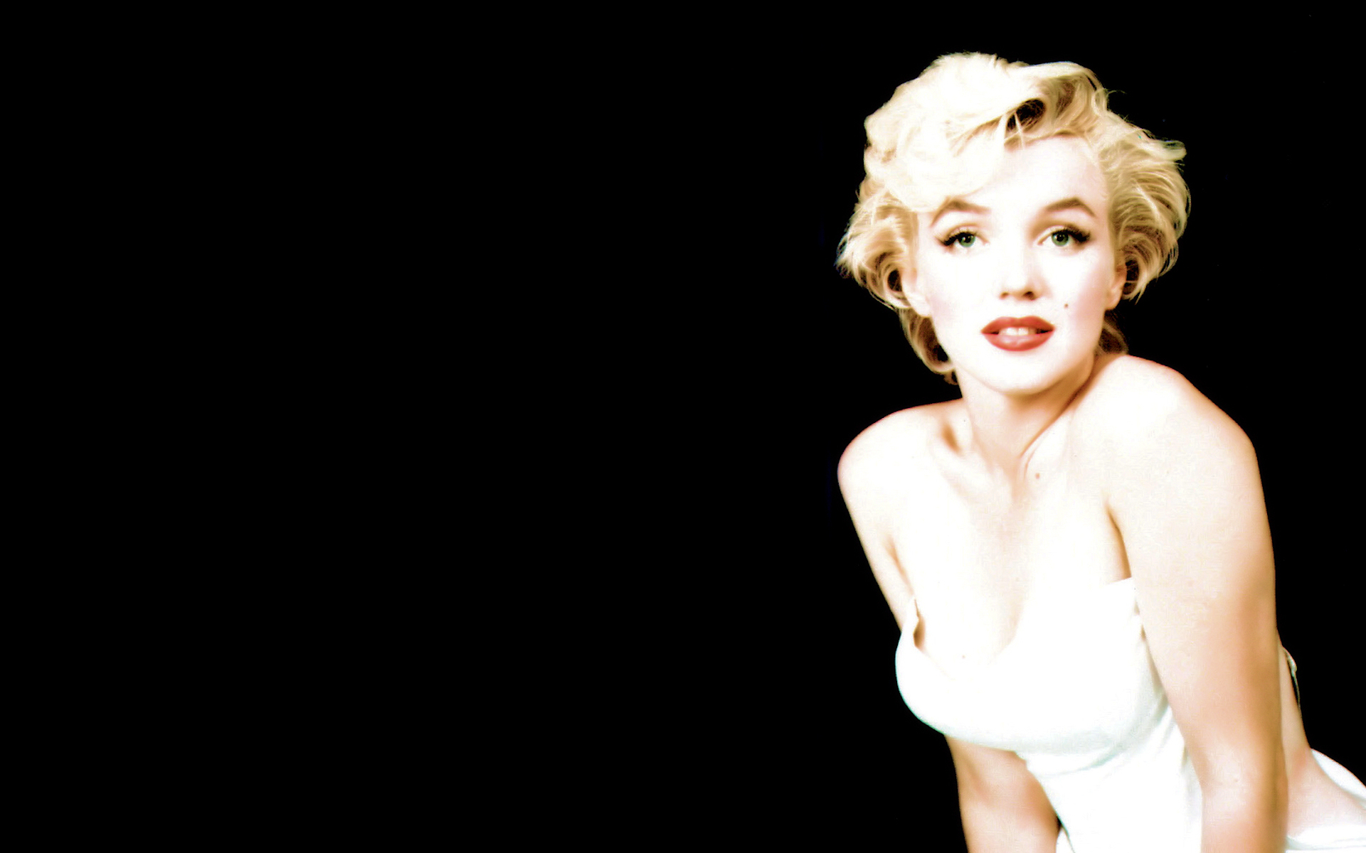 48 Marilyn Monroe Wallpaper For Walls On Wallpapersafari