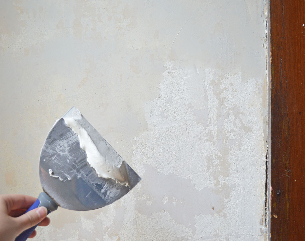 of coats of joint compound   I quickly learned to scrape compound 1200x946