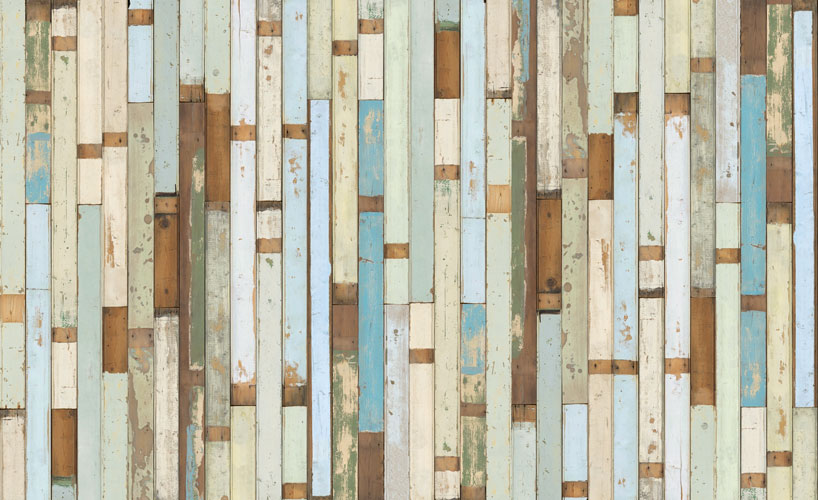Look at this amazing faux barn wood wall paper 818x500