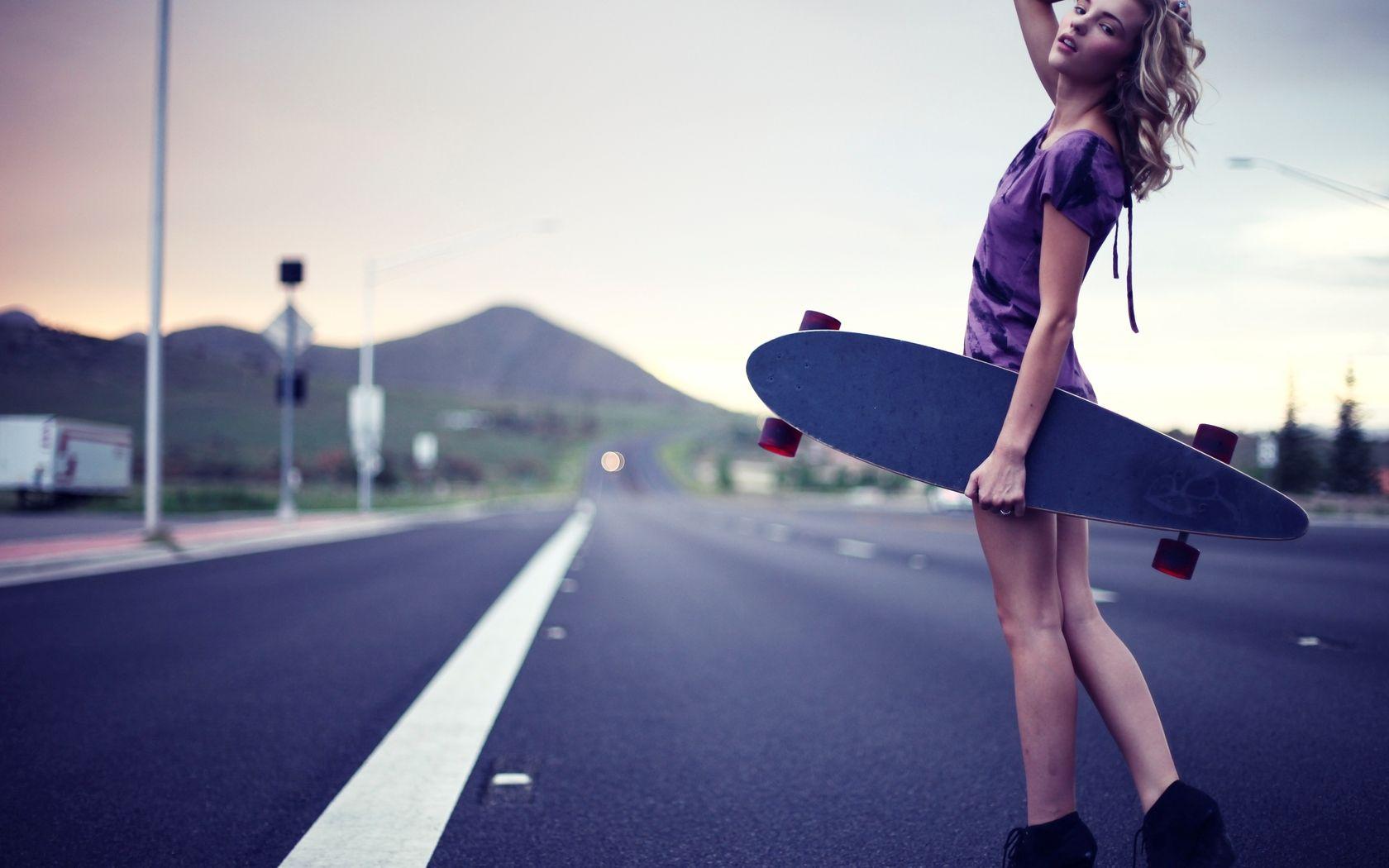 Girl Skateboard Wallpaper - WallpaperSafari