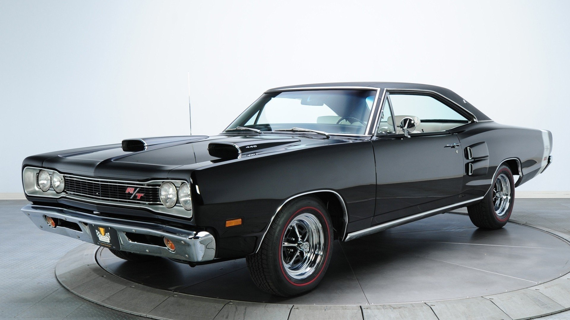 Old Black Muscle Cars