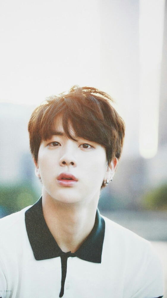 kim seokjin lockscreens hashtag Images on Tumblr 562x1000