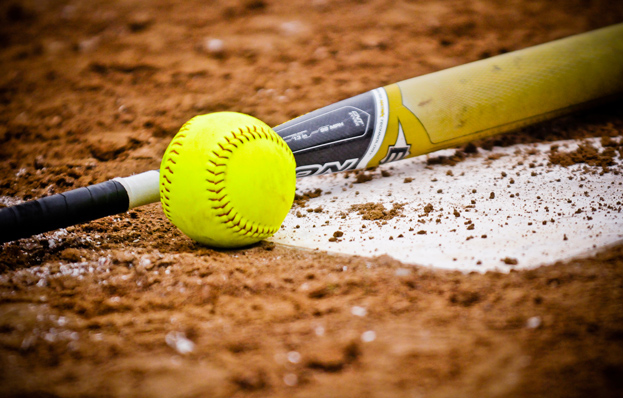 softball college softball softball bat bat 623x398